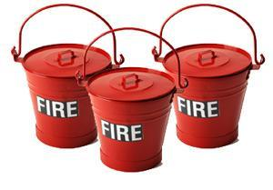 Metal fire bucket with lid